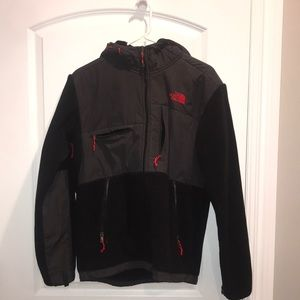 North Face Denali Fleece Jacket with Red accents